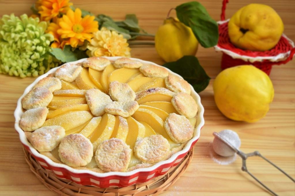 Tartă cu gutui puternic aromată si gust dulce acrișor