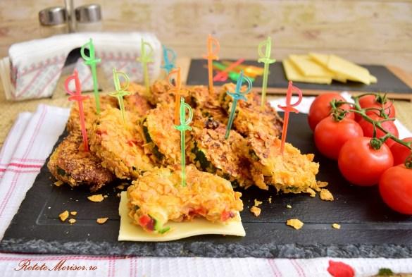 Simplu de preparat și tare gustoși acești Zucchini pane în crustă de porumb, ne putem răsfăța cu ei la orice masă din zi.