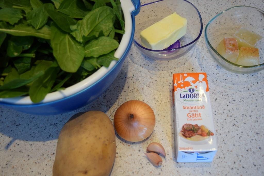 Ingrediente supă cremă spanac