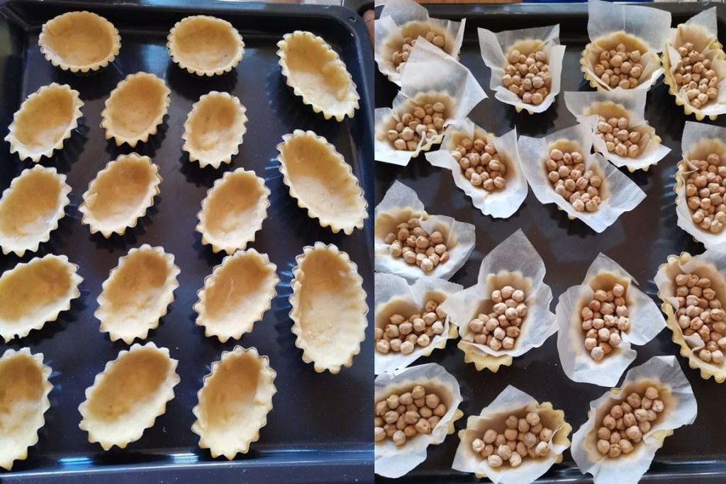 Coșulețe de mini tarte pregătite pentru coacere cu boabe de năut