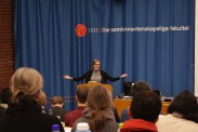 Marie Sneve Martinussen presenterer hva som er galt med dagens økonomiske teoris tilnærming til klimaproblemer.