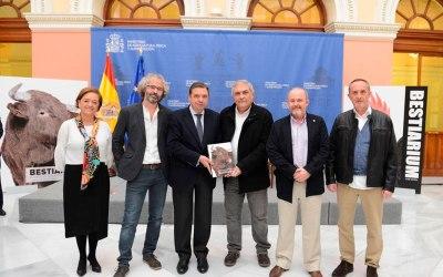 """PRESENTACIÓN DEL LIBRO """"BESTIARIUM"""" EN EL MINISTERIO DE AGRICULTURA"""