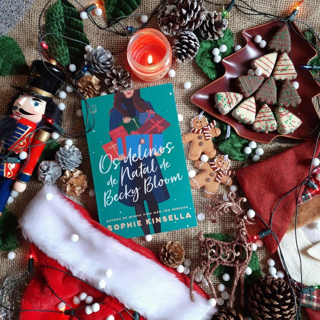 Resenha de Os Delírios de Natal de Becky Bloom da Sophie Kinsella, publicado pela Galera Record.
