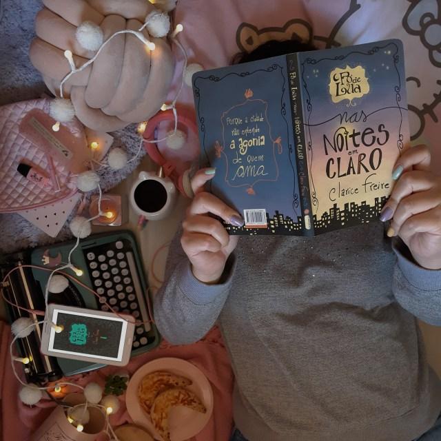 Resenha de Pó de Lua & Pó de Lua nas noites em claro da autora brasileira Clarice Freire, publicados pela Intrínseca em edições estilo molekine!
