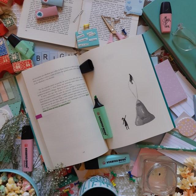 Resenha do livro e filme Por Lugares Incríveis de Jennifer Niver, lançado pela editora Seguinte e adaptado pela Netflix.