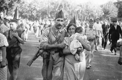 Barcelone, Agustí Centelles (1909-1985). Il est l'auteur de la seule photographie de George Orwell dans les rangs du POUM.