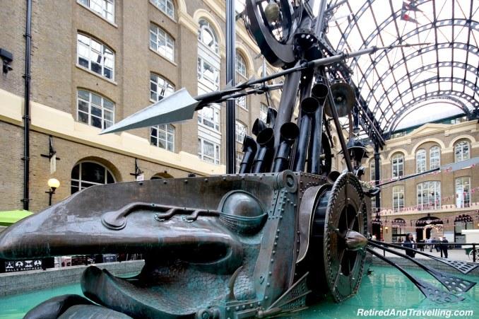 London Hays Galleria Statue - London Gateway.jpg