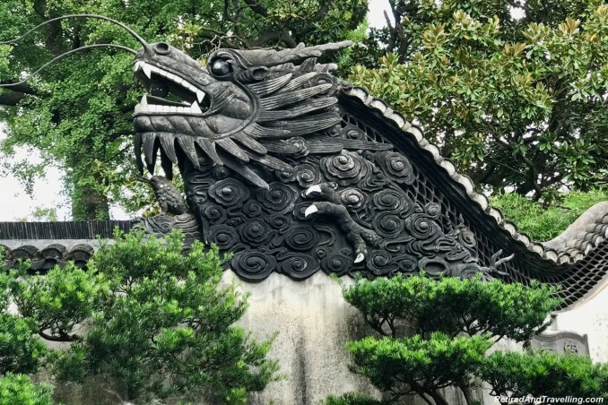 Yu Gardens Chinese Garden Dragons - Old Town and Yu Gardens in Shanghai.jpg