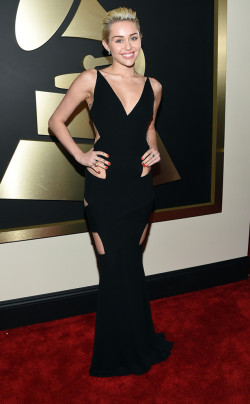 grammys - miley cyrus in alexandre vauthier