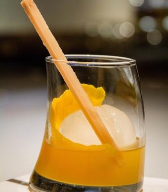 orange-you-old-fashioned-cocktail-512015-173616_vert-large