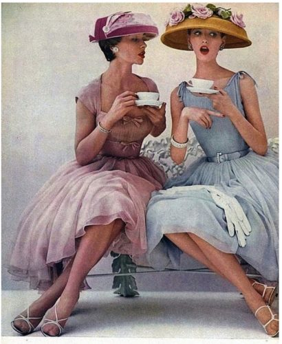 ladies-having-tea[1]