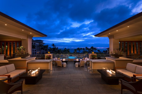 7 - The Ritz-Carlton, Kapalua Lobby Lanai