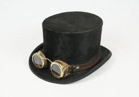 Lunettes Steampunk sur chapeau
