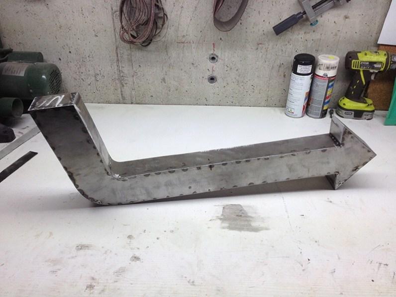 Fabrication fléche en métal vintage