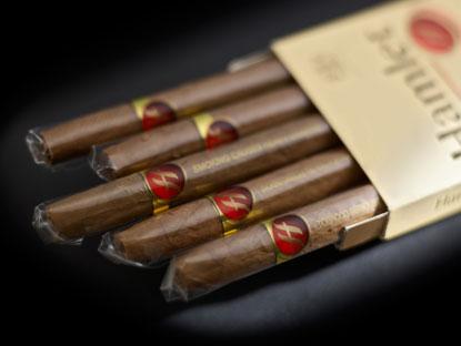 cigar_hamlet_large