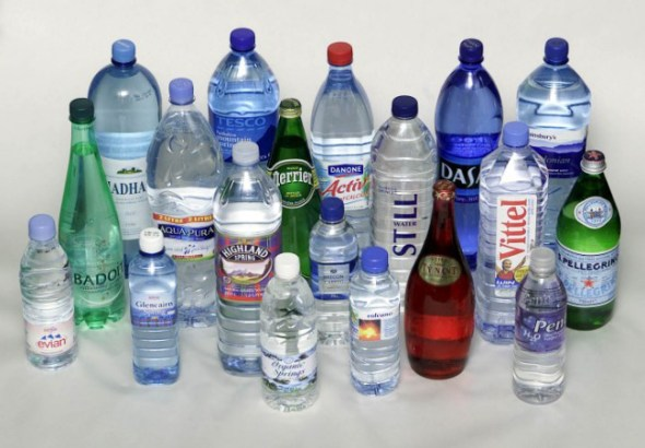 Picture - Rick Wilson   Dept. News   2-3-04  Bottled water survey