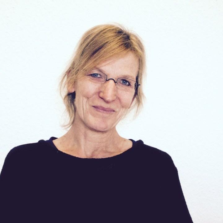 Sonja, Mitarbeiterin in der Holzwerkstatt.
