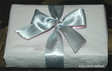 reclaimed-fabric-gift-wrap
