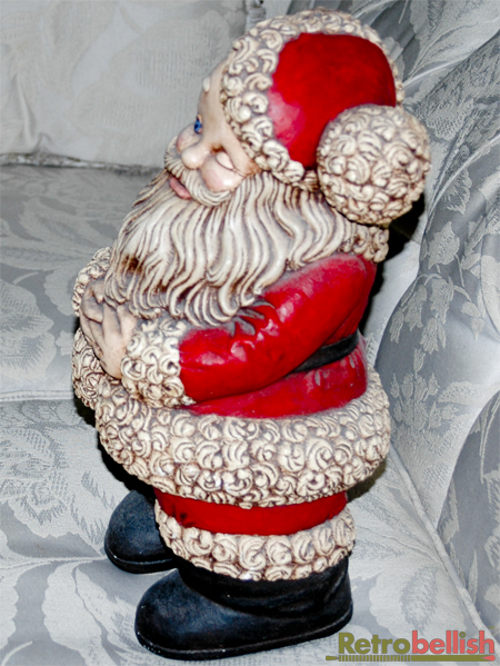Winkink-Santa-RSide