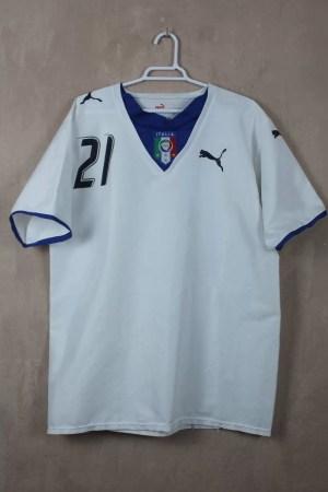Italia 06-07 Away