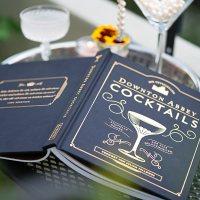 Buchtipp für feuchtfröhliche Partys: Die offiziellen Downton Abbey Cocktails