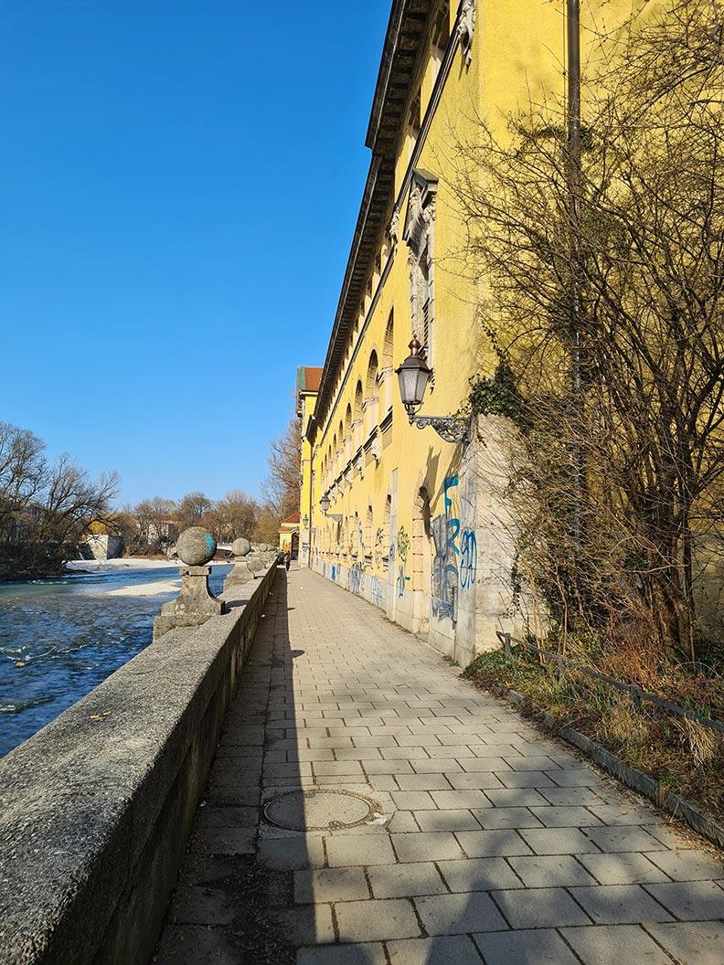 RetroCats Spaziergang an der Isar