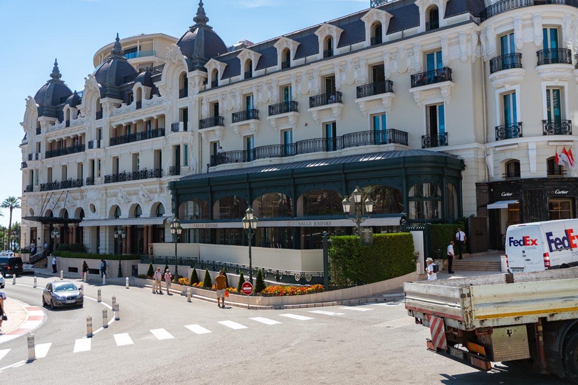 Ein Luxushotel direkt am Casino von Monaco