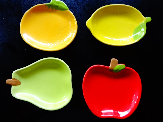 Daiso Fruit Dishes