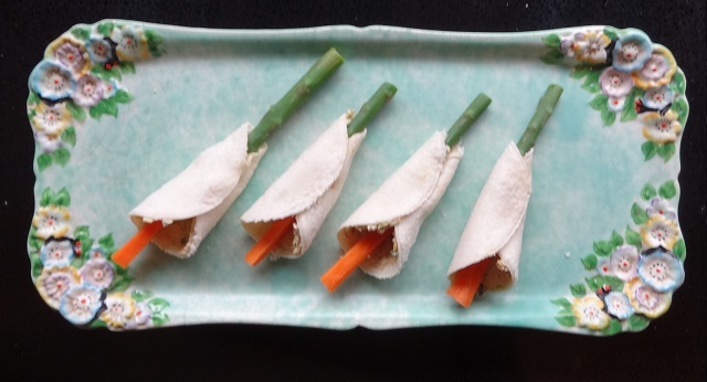 Easter Lily Sandwiches3