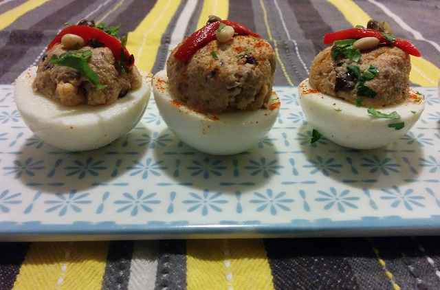 Tapenade Eggs2