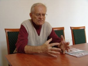 Elhunyt Winkler Gábor