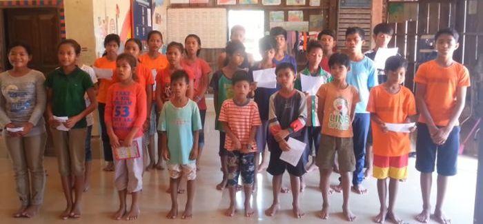 Szívszorító! Máté Péter dalát énekelik az ázsiai gyerekek