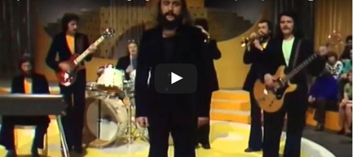 41 éves videó került elő az Apostol együttesről
