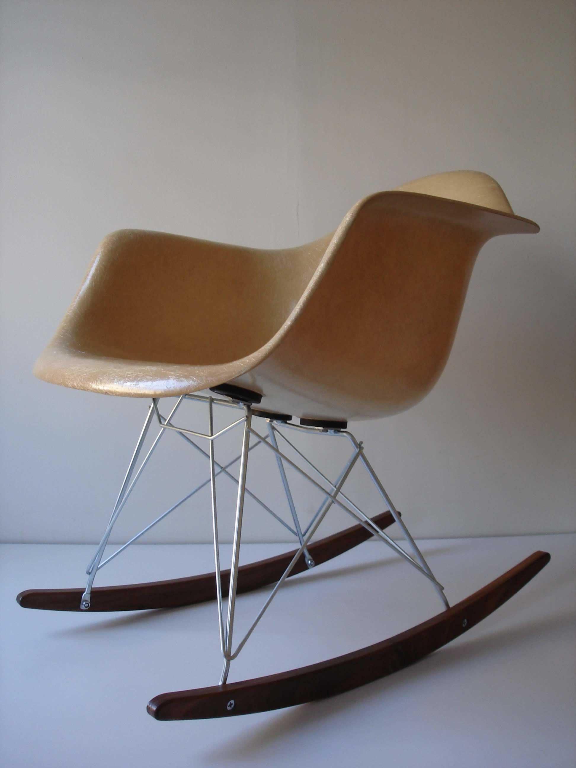 eames rocking chair fold out chairs walmart rar 1948 retro obsessions