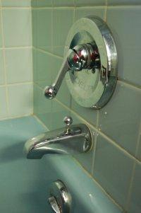 Scenes from 22 blue midcentury bathrooms