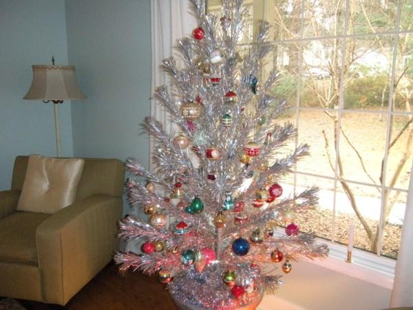 Tinselmania 73 Vintage Aluminum Christmas Trees - Retro