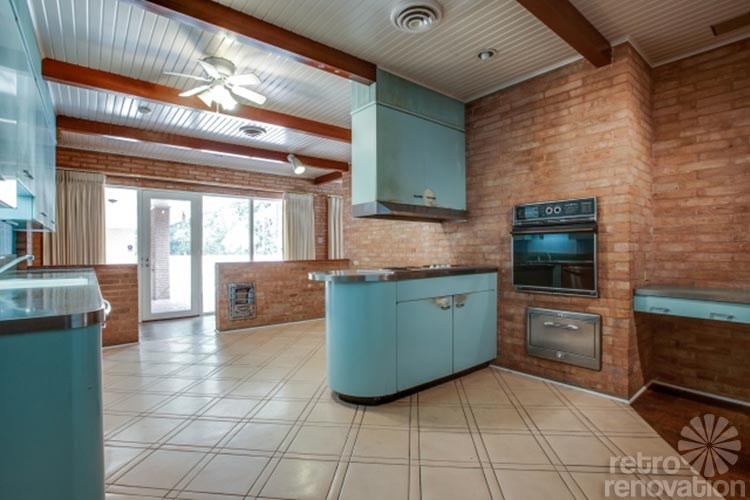 st charles steel kitchen cabinets rugs and runners 1954 texas time capsule house - original cork floors ...