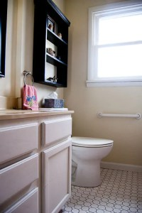 Small bathroom remodel in 5 steps - Retro Renovation