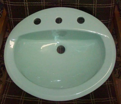 50 vintage bathroom sinks  New Old Stock  lots of color
