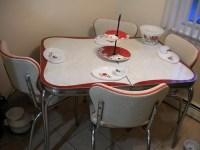 23 red dinette sets