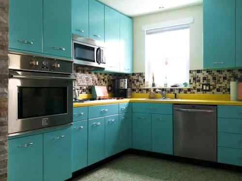 28 Refreshing Retro Kitchen Cabinets That Will Connect Your Home ...