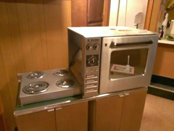 1960 countertopheight Hotpoint oven with hideaway folddown electric range  Retro Renovation