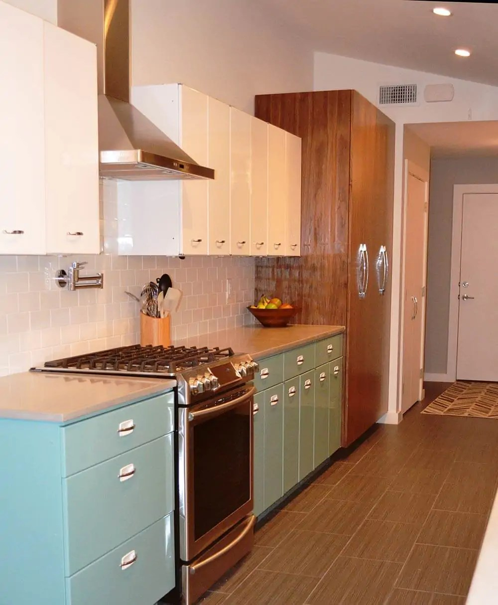 metal kitchen cabinet ikea faucet sam has a great experience with powder coating her vintage steel cabinets