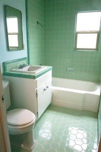 The color green in kitchen and bathroom sinks, tubs and ...