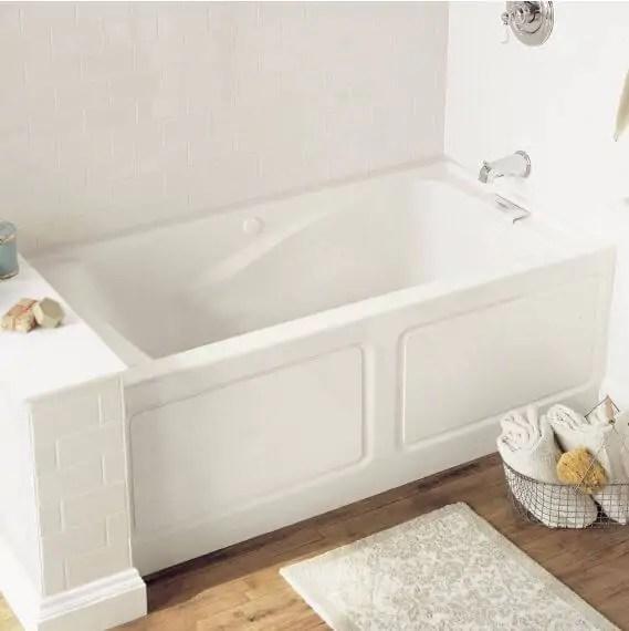 Deep Soaker Bathtub Vs Classic Style Bathtub Which To