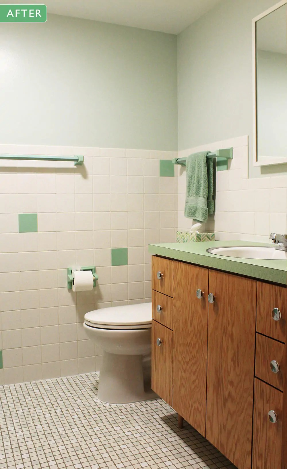 Kates 1960s green bathroom remodel lite  before and