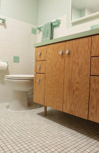 Kate's 1960s green bathroom remodel 'lite' - before and ...