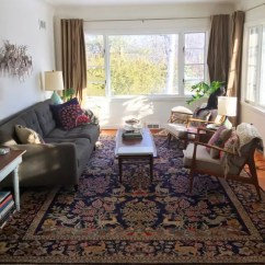 Modern Living Room With Persian Rug Warm Paint Colors For Oriental Rugs In Midcentury Rooms Me Likey Retro Renovation