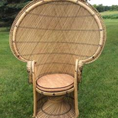 Fan Back Wicker Chair Folding Egg Set Peacock Chairs In Four Awesome Styles Balloon
