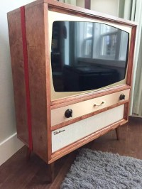 Jeff builds a midcentury modern TV cabinet for his flat ...